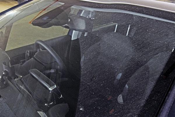Nước rửa kính ô tô là gì? Vai trò quan trọng của nước rửa kính ô tô