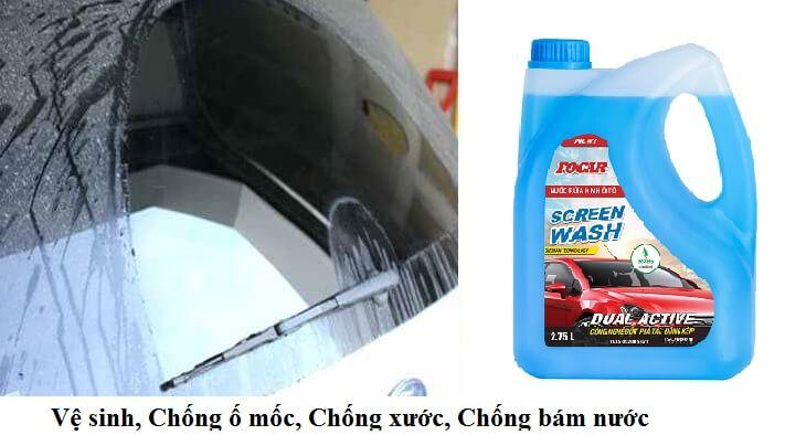 Ưu tiên lựa chọn nước rửa kính xe có hiệu ứng lá sen chống bám nước
