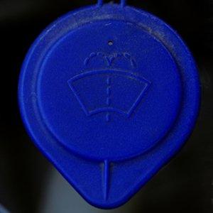 Biểu tượng bình chứa nước rửa kính